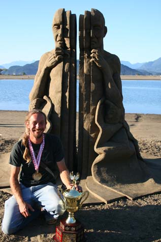 carl jara 2008 world champion sand sculptor
